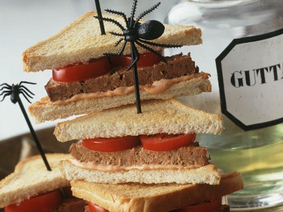 Hackfleisch-Sandwiches